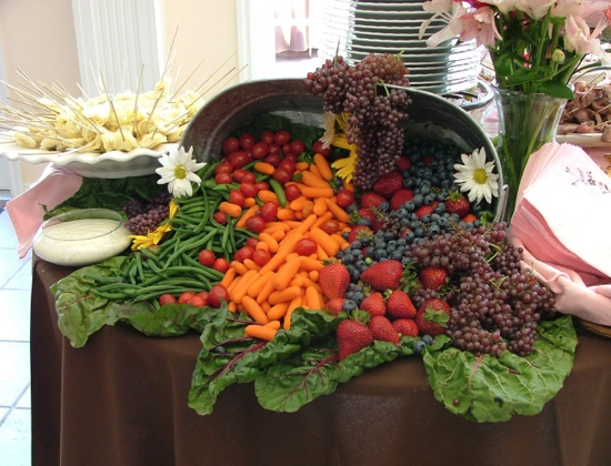 how to arrange veggies for a buffet