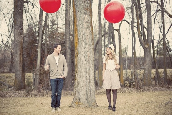 balloon pictures for bride and groom
