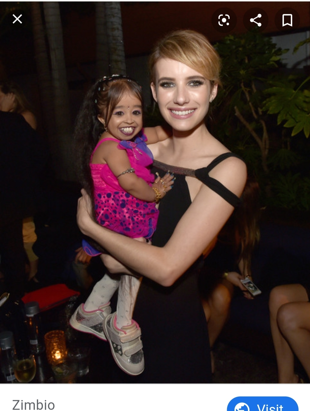 Jyoti with her American Horror Story co-star Emma Roberts
