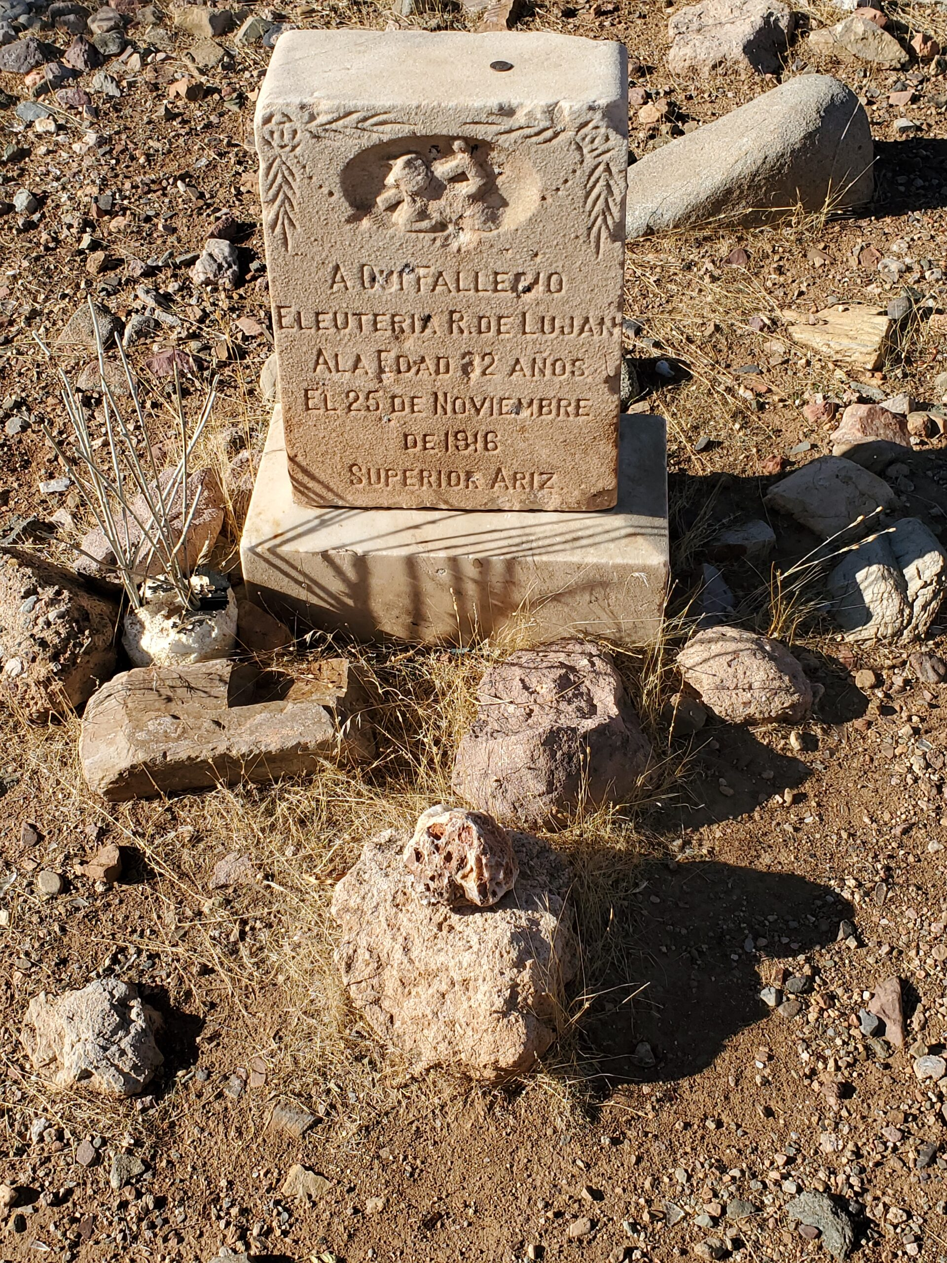 One of the better marked Historic Pinal graves