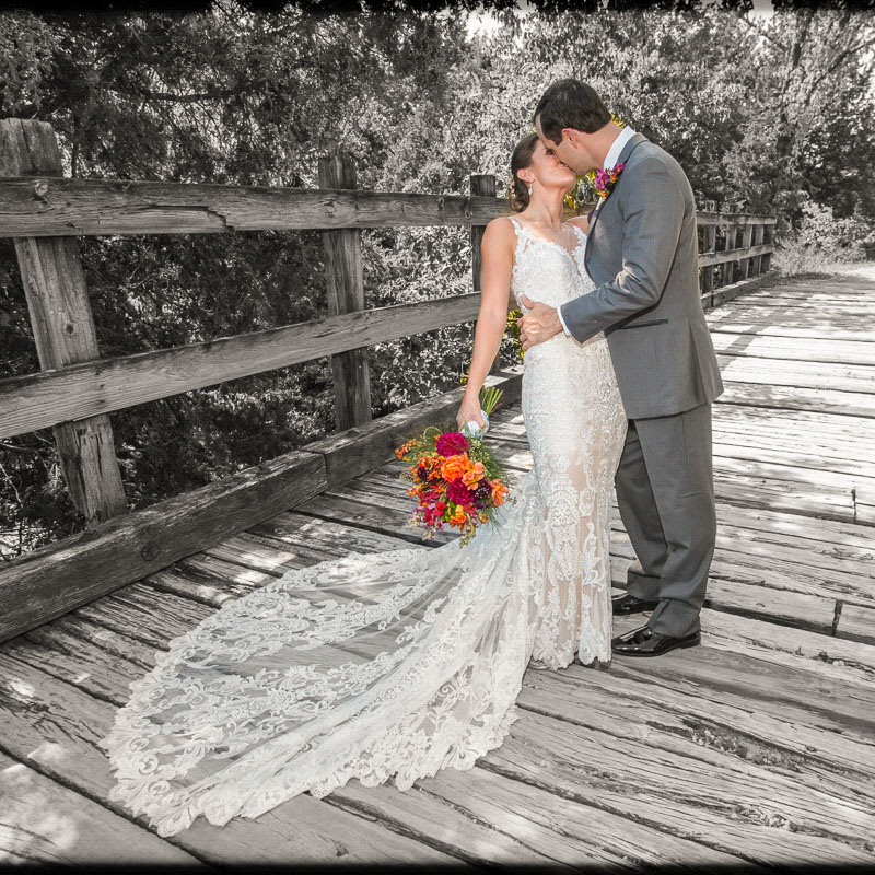 Link to Greater St Louis area Wedding Photographers gallery: Jessie and Chad