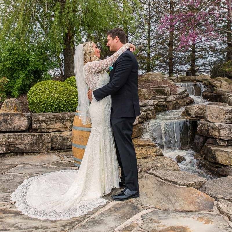 link to Jenna & Josh's greater st louis wedding photography gallery