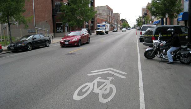 Marked Shared Lane on Milwaukee Avenue