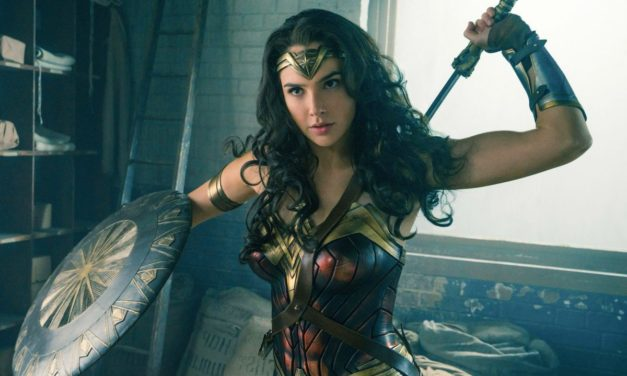 Gal Gadot Surprises Children's Hospital Dressed as Wonder Woman