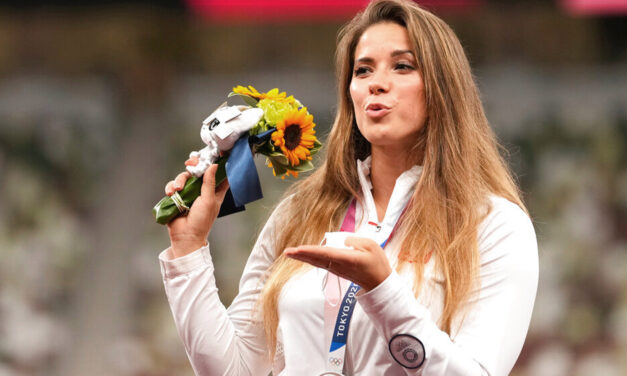 Olympian Auctions Medal for Infant's Heart Surgery
