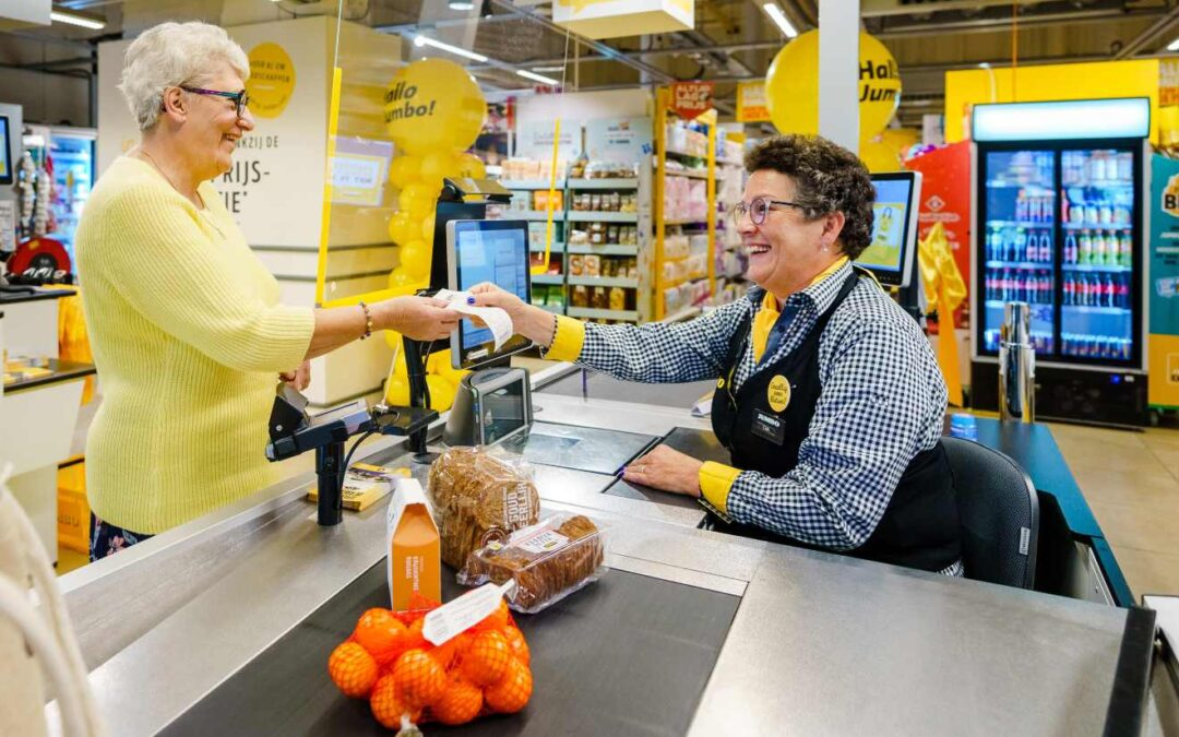"""Dutch """"Chat Checkout"""" Helps Fight Loneliness"""