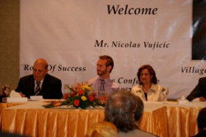 Yvette_with_Governer_of_Alexandria_Nick_in_the_press_conference_s
