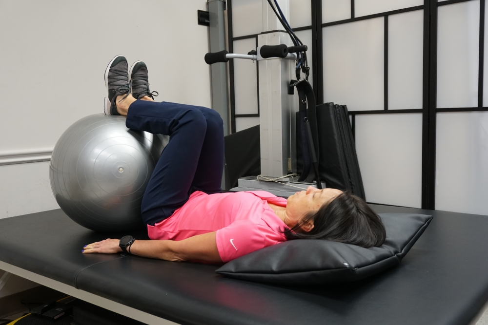 double knee to chest exercise