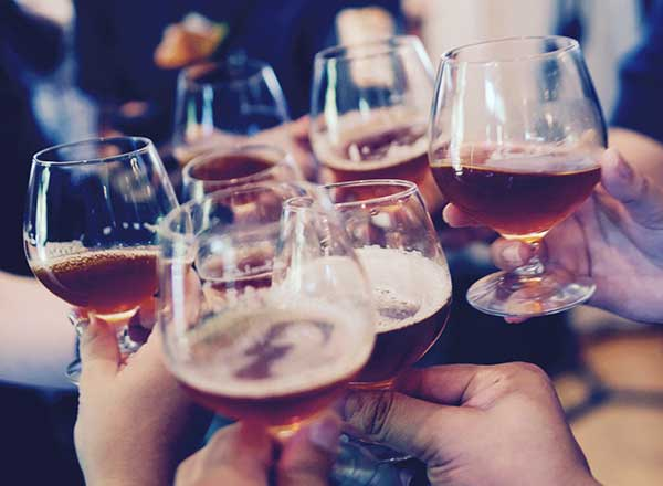 An image of a a craft beer tasting on your behind the scenes beer, wine and gin private tour