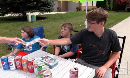 Port Huron Twp. teen donating pop stand profits to charities
