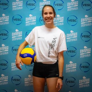 Officially turned pro 🏐🏐 I'm ecstatic to be a part of @vesc_volleyball this season!