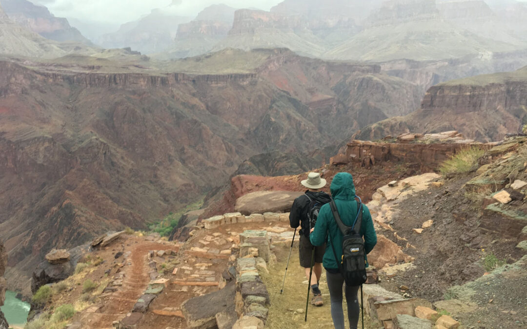 What is the Rim to Rim Hike in the Grand Canyon?