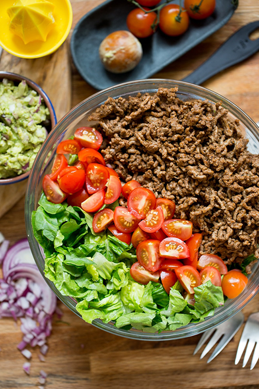 The Best of Whole30 Recipe Roundup l whole30 taco salad