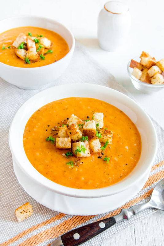 25 delicious ways to spice up National Pepper Month l sweet pepper soup
