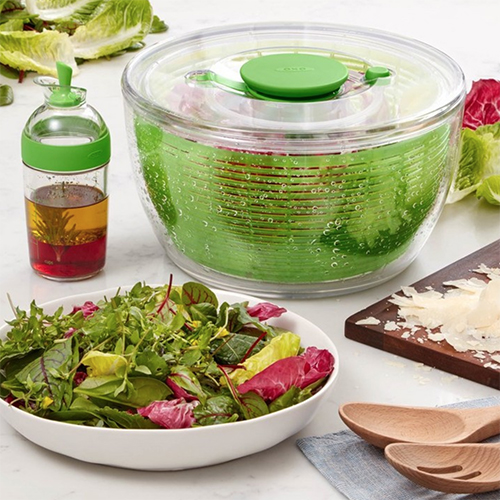 2018 Gift Guide for Food Lovers l oxo salad spinner