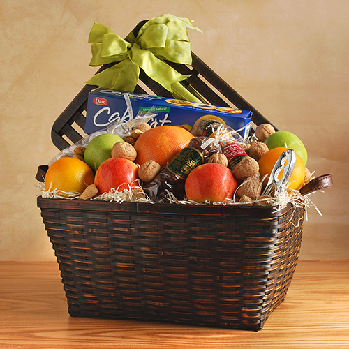 2018 Gift Guide for Food Lovers l Timeless Treats Collection Gift Basket