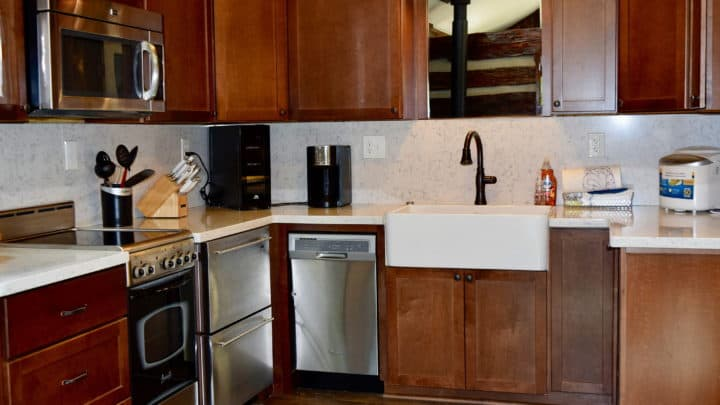 Garden Cabin kitchen - The Cove at Fairview - Vacation Rentals - Asheville, NC