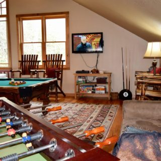 My Place game room - The Cove at Fairview - Vacation Rentals- Asheville, North Carolina