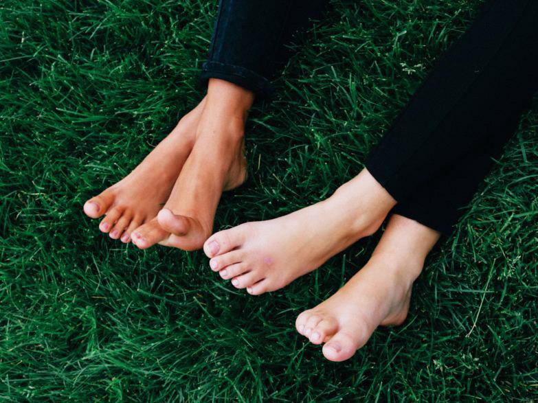 health grounding feet
