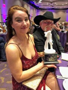 Taryn Noelle Receives the Will Rogers Award