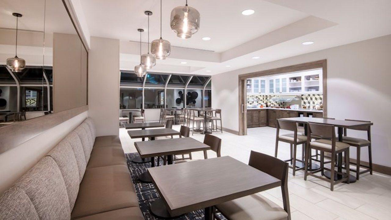Hyatt Place Keystone   Breakfast Area