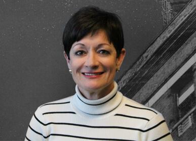 Linda Castellanos