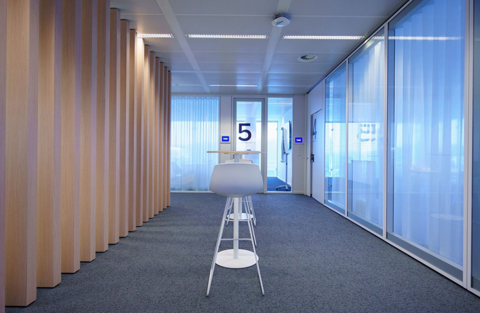 Hologic Centre uses Line Systems throughout