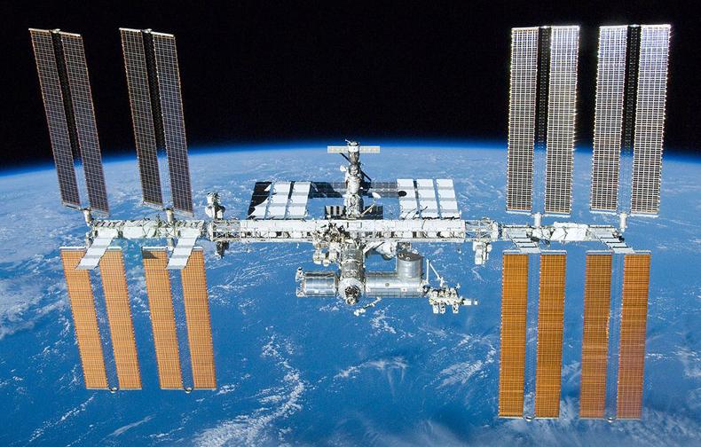 Se lanzó una nave comercial de carga privada de los Estados Unidos a la Estación Espacial