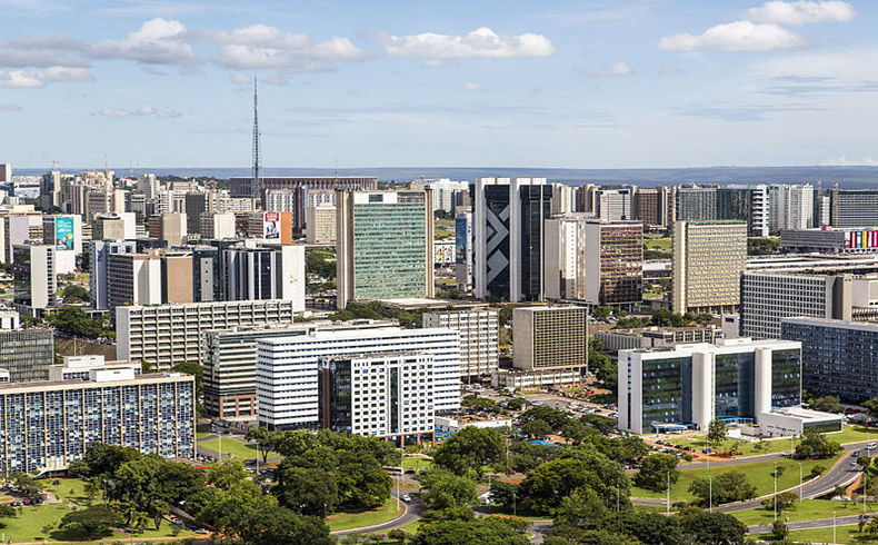 Brasil y Londres discuten economía y educación tras mayor cooperación