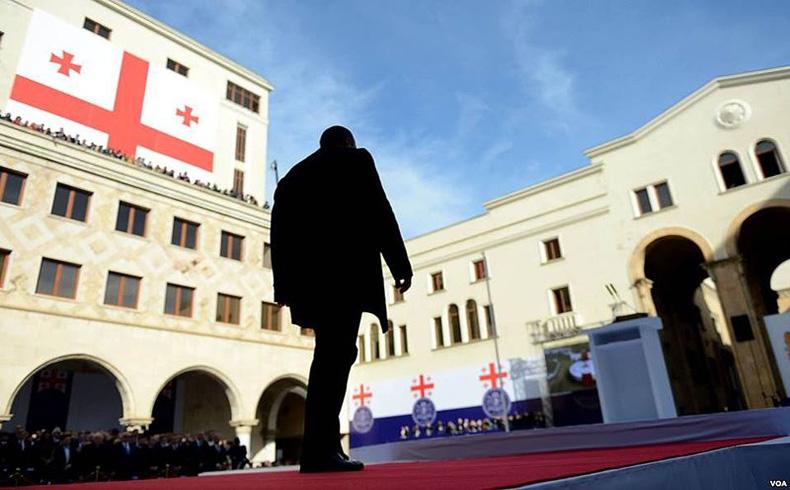 Georgia: forjando la cooperación con la OTAN y Austria