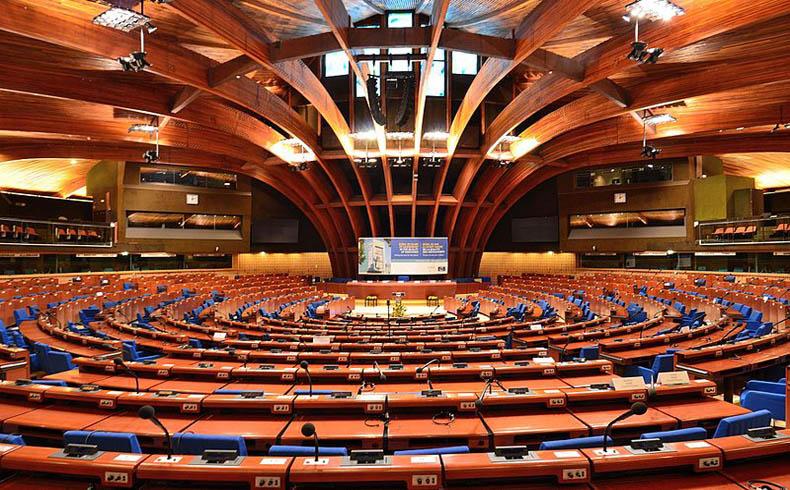 Al relator de PACE, Robert Walter, le podrían negar la entrada a Nagorno-Karabaj
