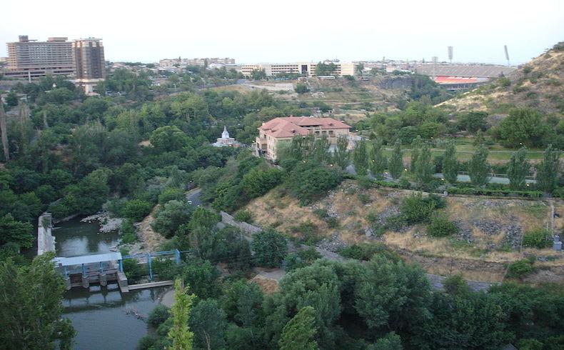 Un grupo opositor armenio planea protestas en Gyumri y Ereván