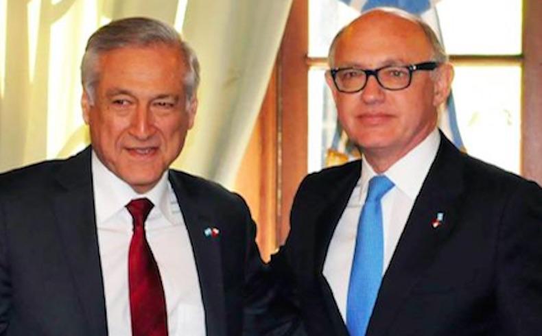 Cancilleres Timerman y Muñoz firman protocolos adicionales al Tratado de Maipú