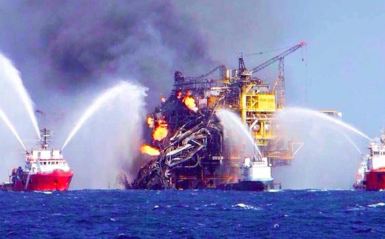 Producción petrolera de México cae 220.000bpd, por incendio en plataforma