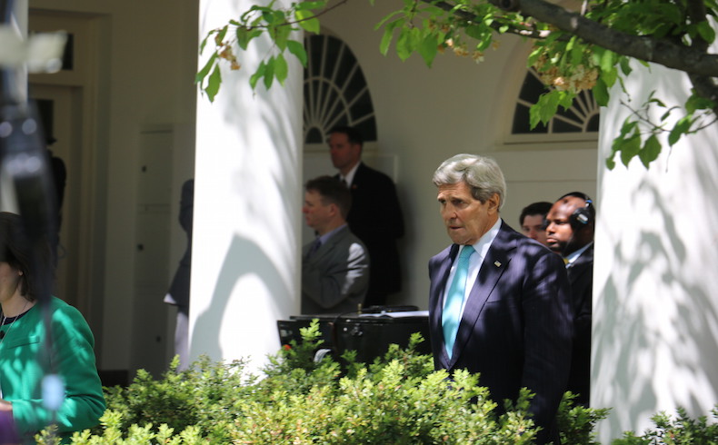 Kerry apoya la propuesta de Arabia Saudita de una tregua de 5 días en el Yemen