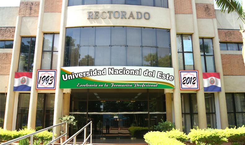 Paraguay: Estudiantes Marxistas toman de rehén la Universidad Nacional del Este