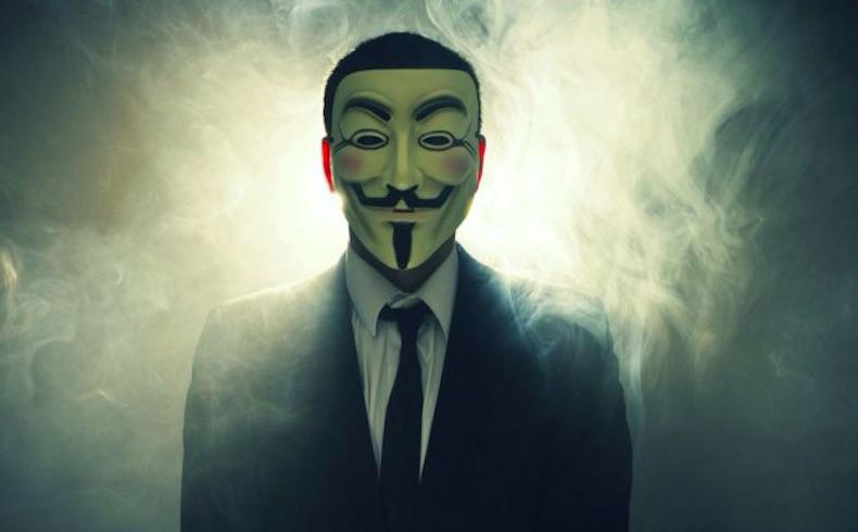"""Todos los internautas pueden """"hackear"""" al ISIS a través del manual de """"Anonymous"""""""