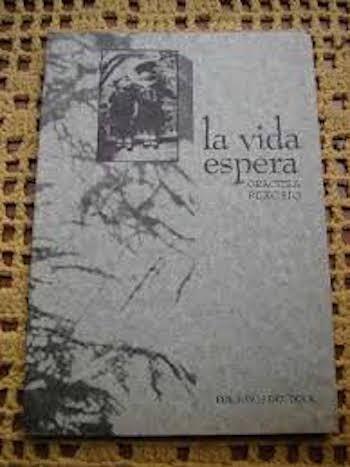 """La vida espera"""