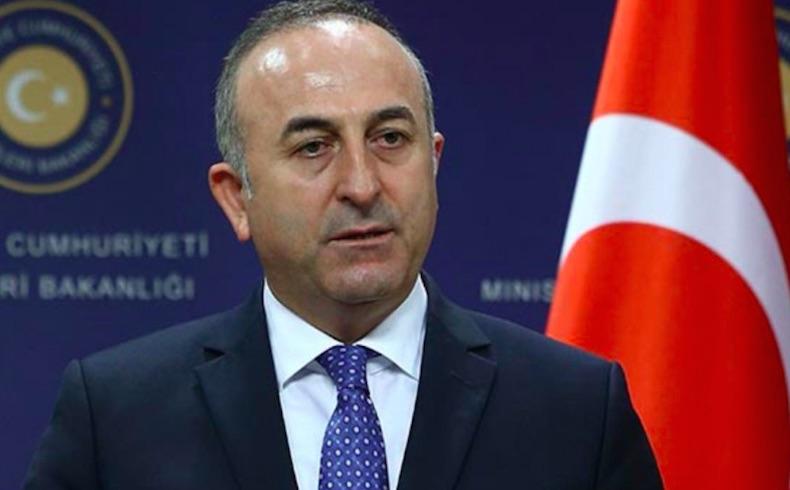 Ministro turco critica la postura de Rusia y Armenia acerca de Karabaj