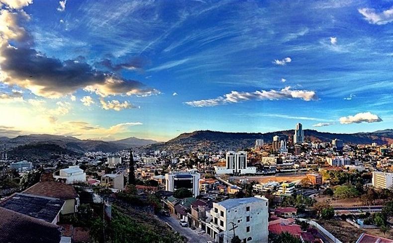 Golpe de Ucrania ensayo en Honduras y posibles revoluciones gringas