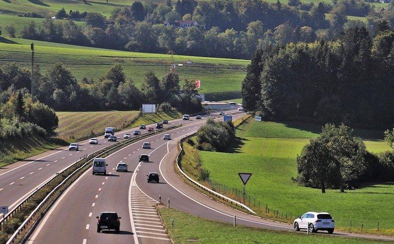 El incremento de desplazamientos dispara el riesgo de accidentes en carretera