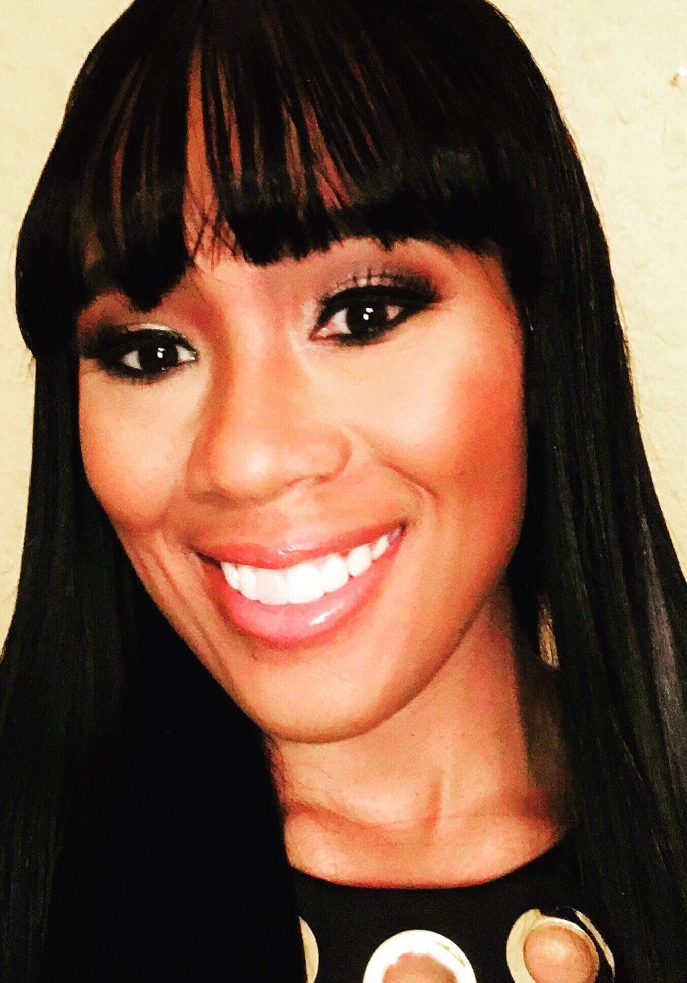 Dr. Rhonika Thomas | The Mindset Reset Experience | Registered Nurse | Naomi Jones | Events | Speaker |