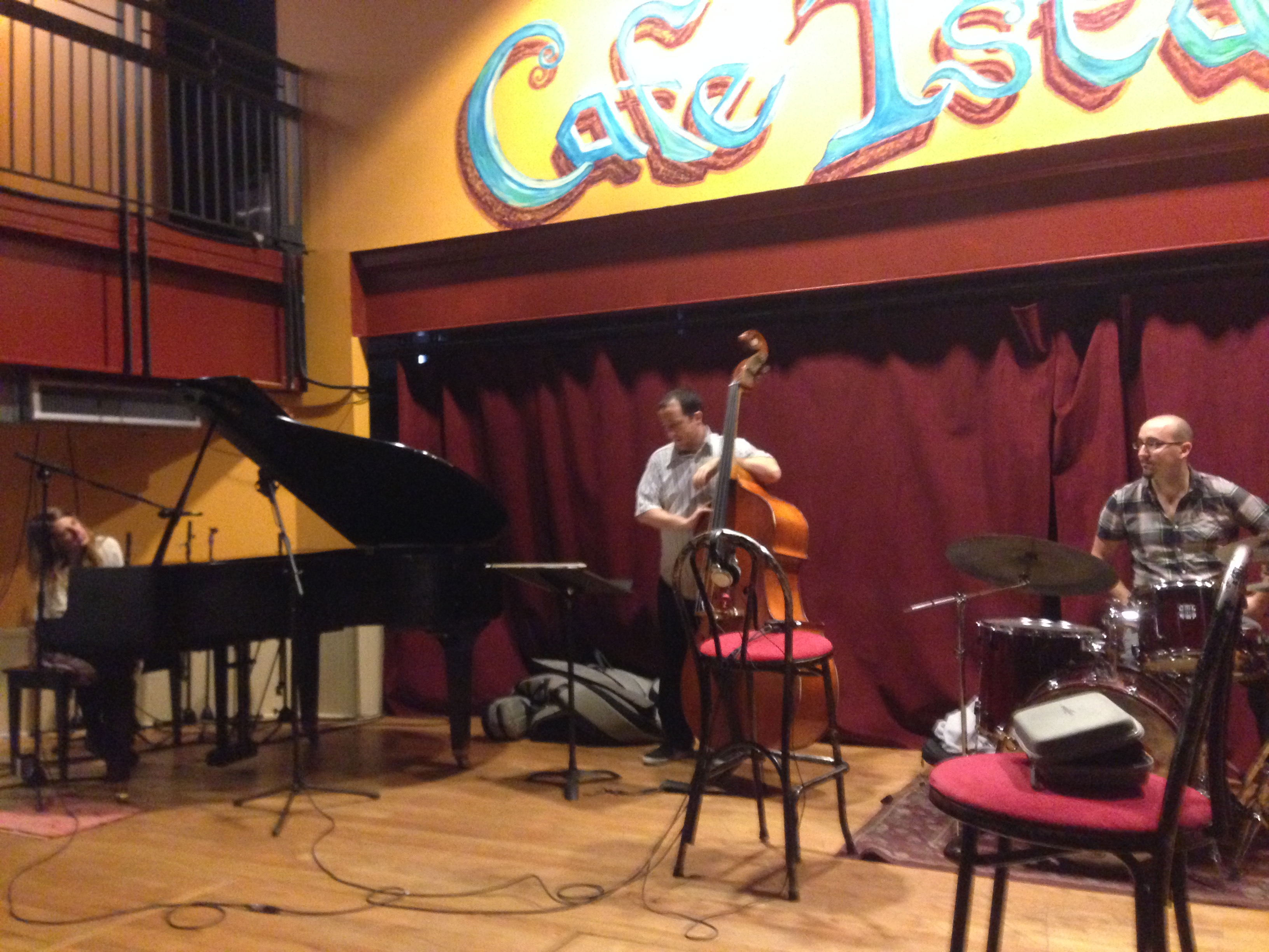 STEPHANIE NILLES AT CAFE ISTANBUL
