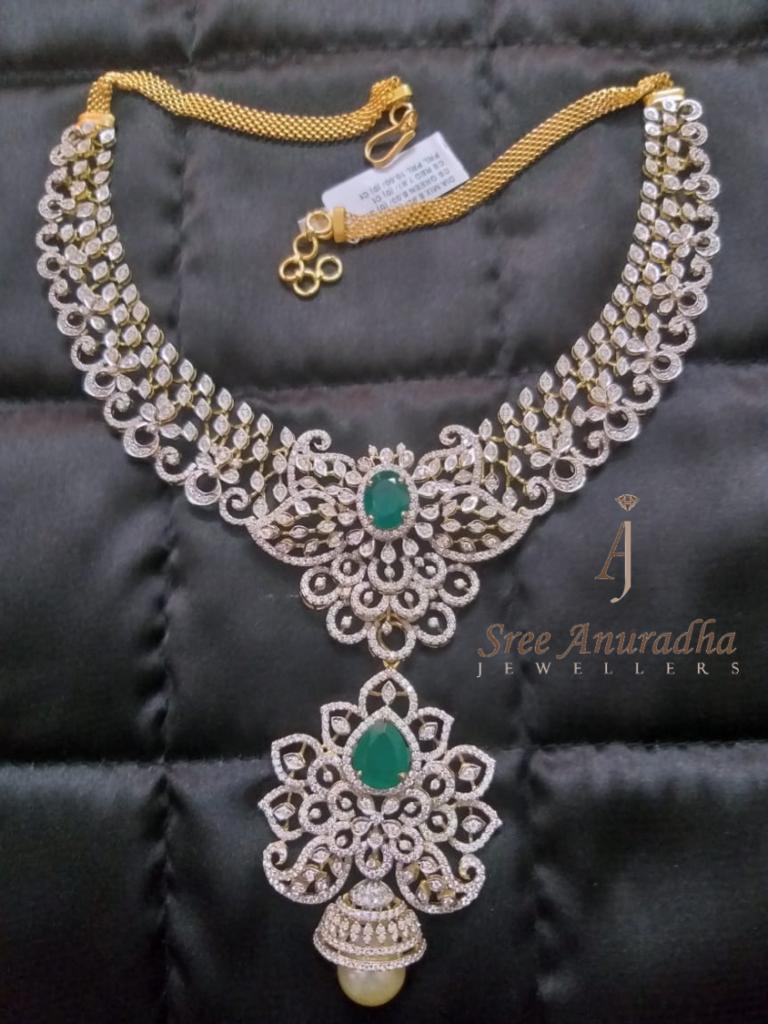 Diamond necklace 90grams gold 9caret diamond's