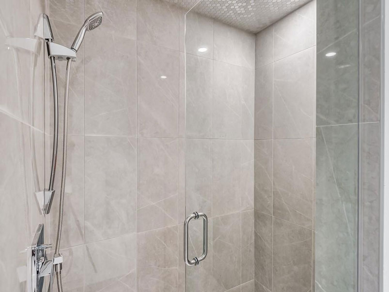 Luxury shower design by Red Tree Projects
