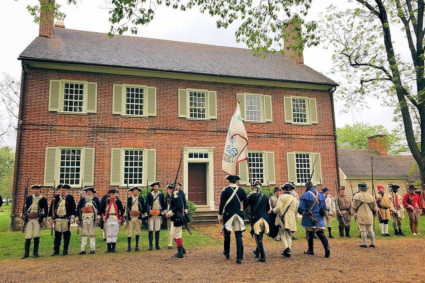 Revolutionary War Reenactment at Locust Grove