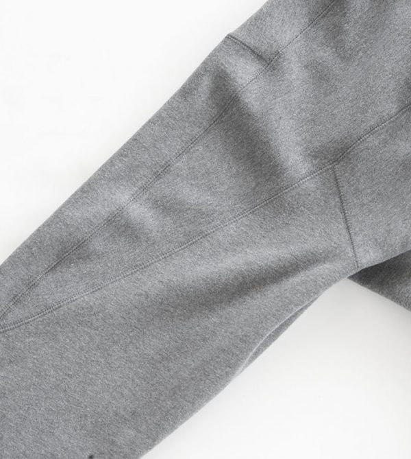 SWEATSHIRT ROBE sleeve