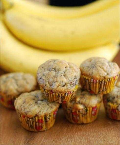 Mini Banana Muffins via The Naptime Chef