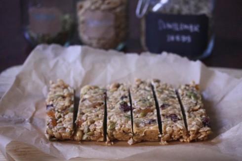 Phoebe's Homemade Granola Bars via The Naptime Chef