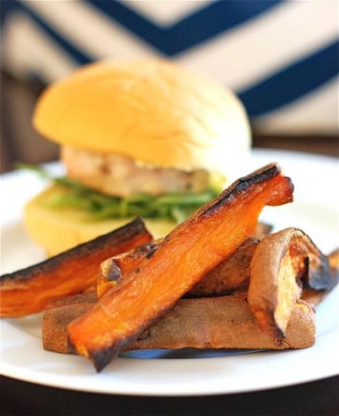 Turkey Burgers & Spiced Baked Sweet Potato Fries via The Naptime Chef